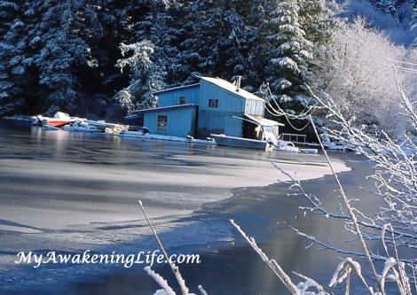 blue_float_house